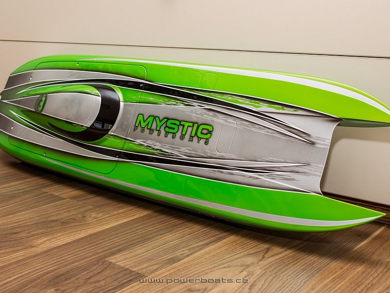 Mystic 114 MHZ - ENVY OFFSHORE RACING from Powerboats.cz