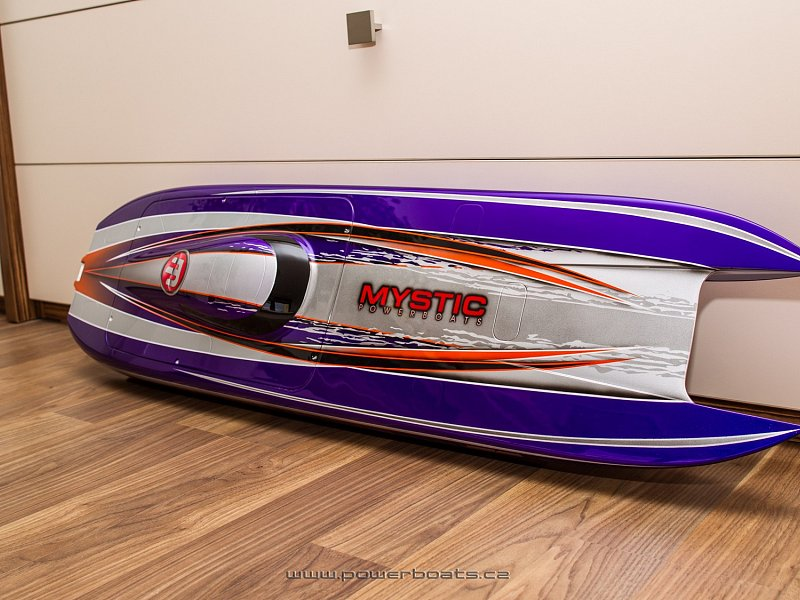 Mystic 114 MHZ - ENVY PURPLE from Powerboats.cz